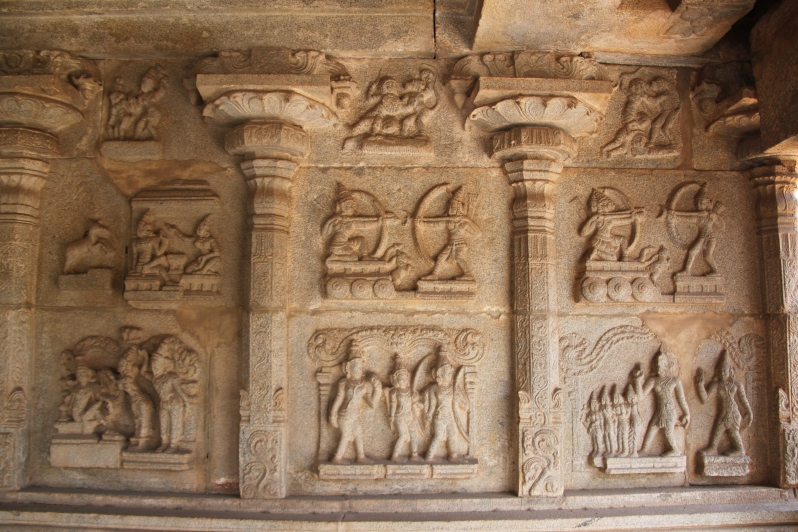 The stories from Ramayana displayed inside the temple.