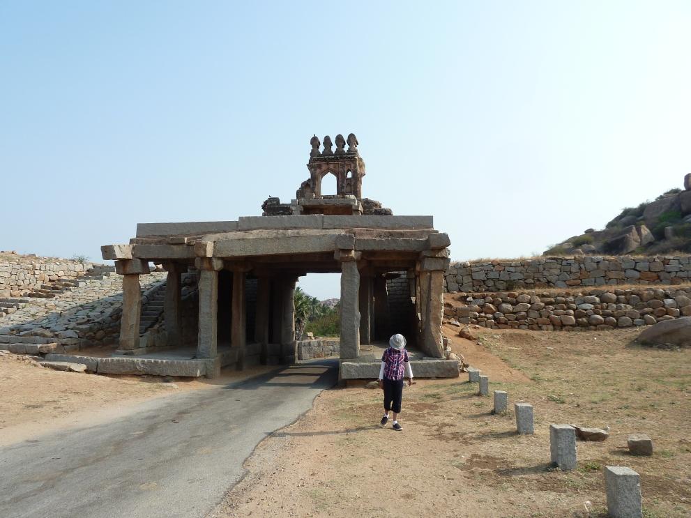 The gateway to Hampi