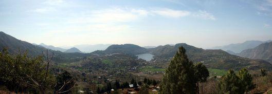 1280px-Naukuchiatal_Lake